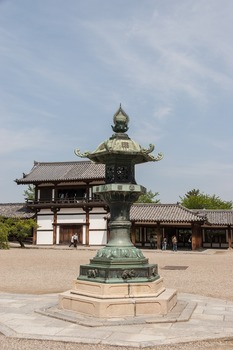 法隆寺燈篭