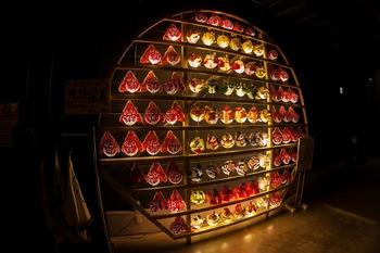 金魚と干支の飾り提灯